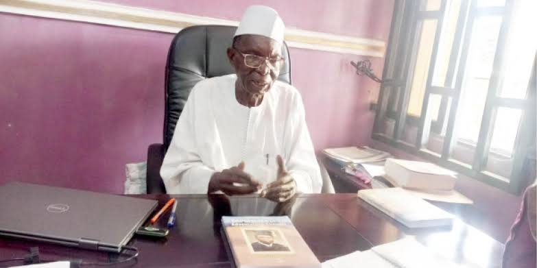 Prof Aminu Mohammed Dorayi: Abusite Who Drove Peugeot 504 From London To Kano. 1