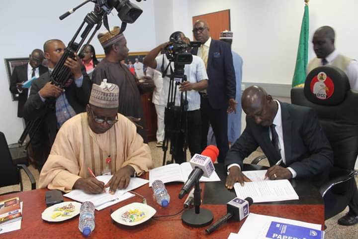 ABU & EFCC sign MoU to run Certificate, Diploma & PGD Courses [Photos]