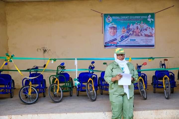 Corps Member Abdulazeez Umuhani Onono KB/19B/0065 has donated twelve wheelchairs