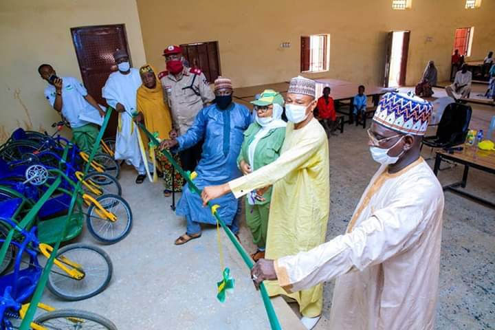 Abusite Corper Donates 12 Wheel Chairs to Physically Challenged Students